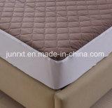 O poliéster 100% estofou barato a matéria têxtil impermeável da HOME do colchão da tampa do colchão do estilo