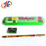 La papeterie badine la trousse d'écolier en plastique avec le crayon et la gomme à effacer