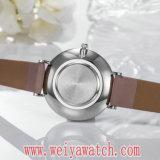 소비자 서비스 가죽끈 고전적인 형식 석영 숙녀 시계 (Wy-17019)