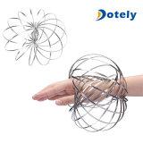 Bracelete de aço inoxidável a magia de fluxo a descompressão do anel girando brinquedos