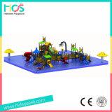Спортивная площадка цветастых малышей напольная на парке воды