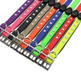 Colar colorido impermeável do animal de estimação do diodo emissor de luz do Recharge do PVC da alta qualidade, colar de cão