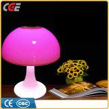 Dekoratives Kopfende-romantische Lampenschirm-Tisch-Lampe mit der Farbe, die niedriges Schalter-Nachtlicht ändert