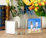 明確なプレキシガラスの小型曲げられたアクリルの写真フレーム