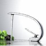 Robinet d'évier en eau en cuivre chromé
