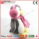 Het zachte Speelgoed vulde de Oorbeschermers en de Sjaal van de Slijtage van de Pinguïn