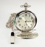 Catena di vigilanza Pocket d'argento incisa su ordinazione del quarzo di rivestimento del raso