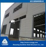 Construcción de la estructura de acero hecha del bastidor del braguero de la viga de acero para el almacén