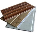O PVC de madeira da laminação das cores apainela o painel de parede do PVC para a decoração Home