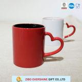 11oz de Mok van de koffie met het Handvat van het Hart