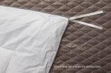 De Hangzhou da fábrica do pato Comforter branco para baixo coberto pela tela de algodão