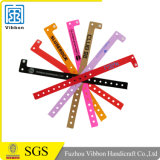 Band van de Manchetten van de Armbanden van identiteitskaart van het vermaak de Vinyl Plastic