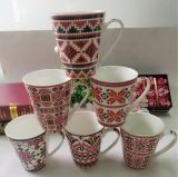 Tazas Shaped divertidas de cerámica al por mayor 14oz con expresiones faciales clasificadas