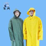 Impermeabile lungo incappucciato giallo di PVC/Polyester/PVC