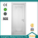 Personalizar as portas de madeira interiores brancas do quarto