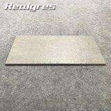 30*60 Guangzhou spätester Entwurfs-preiswerte Zeile glasig-glänzende Porzellan-Fußboden-Fliesen