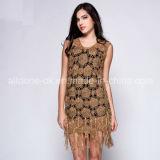 女性女の子のふさの氷の絹のかぎ針編みは手ハンドメイドのCrocheに服を着せる