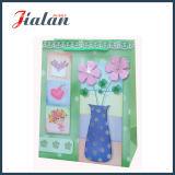 Personnaliser avec 3D et sac de papier de estampage chaud de cadeau d'achats de fleur