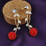Joyería roja de la imitación de la manera del traje de la aleación del collar de la flor