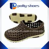 大きいサイズの人のゴム製庭の靴中国製