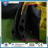 ゴム製コード保護装置、適用範囲が広いゴム製管のカップリングの保護装置