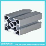 Le forage de poinçonnage CNC professionnels excellent traitement de surface aluminium extrudé industrielle