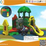 Strumentazione di plastica esterna del gioco per i capretti