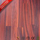 Деревянное зерно делает настил водостотьким ламината Herringbone 8.3mm 12mm