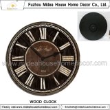 レトロ様式の美しい柱時計