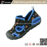La sandalia ocasional respirable de Chirldren de la playa del verano calza 20230