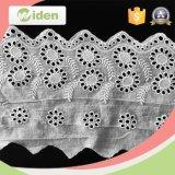 Los pañuelos vendedores calientes del cordón del algodón venden al por mayor el cordón floral del bordado