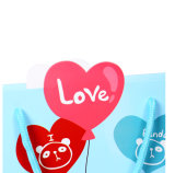 Preciosa bolsa de regalo papel de dibujos animados