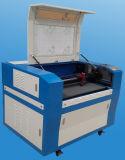 O laser de CO2 a China para gravura de madeira/Corte de acrílico