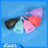 Tazze mestruali del silicone lavabile ecologico della donna anziché il rilievo mestruale