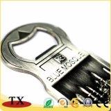 Catene chiave del magnete antico del ricordo con l'apri di bottiglia