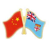 Logo personnalisé Badge en métal Forme Boutons de drapeau Badge en émail Broches de lapel national