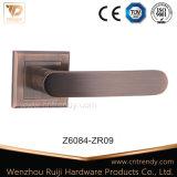 Zamak 아연 가구 기계설비 안쪽 문 크롬 자물쇠 손잡이 (z6083-zr11)