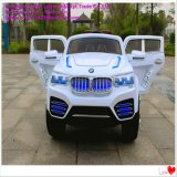 Elektrisches Auto-Fahrt an durch Marke JeepBMW