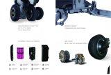 Rad des behinderte Leute-Rollstuhl-drei, das elektrischen Roller für Behinderte faltet