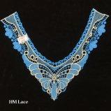 35*28cmの青のButtterfly花によって編まれるカラーレース、宴会の服Hme969のためのNeklineの白く高貴なレース