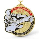 Médaille et trophée blanc de cuivre en alliage de zinc faits sur commande de médaillon de karaté de championnat de sport de récompense en métal