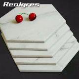 Tegel van de Vloer van de Muur van het Ontwerp van Carrara Hexagon Ceramische