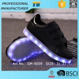 Neu Platten-beiläufigen Schuhen für Mädchen leuchten