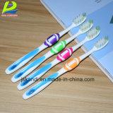 Toothbrush adulto molle del carbone di legna di bambù molto fine