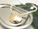 金張りの円形の銅はコードの類別が付いている短いネックレスを魅了する