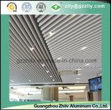 Les graines en bois de Facotry en U ont suspendu le plafond en aluminium de cloison pour l'aéroport