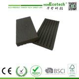 Bordage en bois composé, revêtement de bord de plancher de WPC, revêtement imperméable à l'eau de côté de Decking de WPC