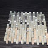 Nuove mattonelle di mosaico Mixed progettate della parete del metallo del mosaico di vetro della striscia
