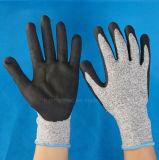 13G нейлон и Glassfiber Hppe и гильзу с покрытием PU вырезать устойчив 5 уровня рабочей защитные перчатки