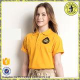 Projeto indiano das camisas e da saia de polo para a fábrica do uniforme da escola secundária